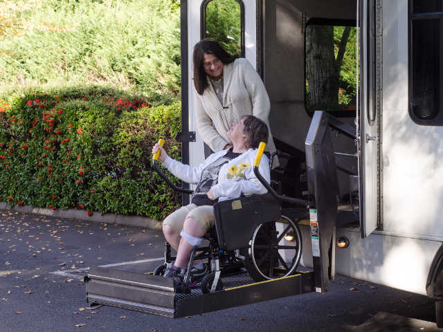 senior transportation-caregiving for you
